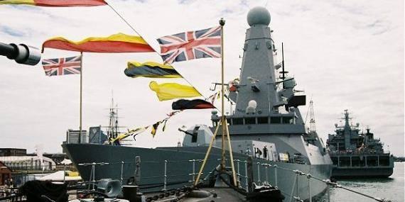 buques_de_guerra_britnicos.jpg