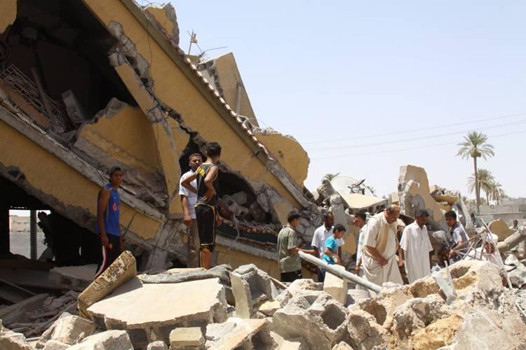 libia_otan_destruye_casas.jpg