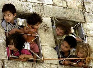 http://www.resumenlatinoamericano.org/images/stories/palestina_nios_presos.jpg