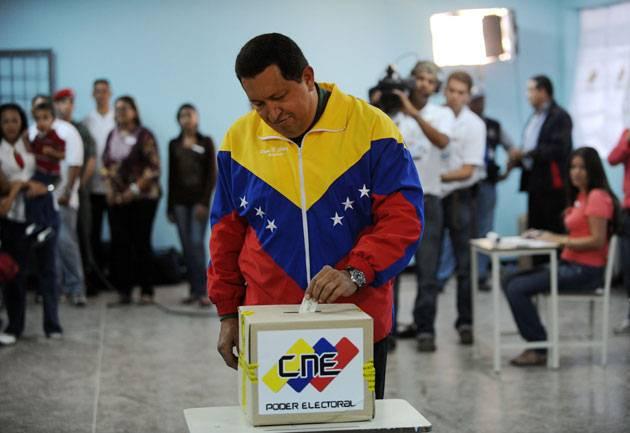 venezuela_chavezz_vota.jpg